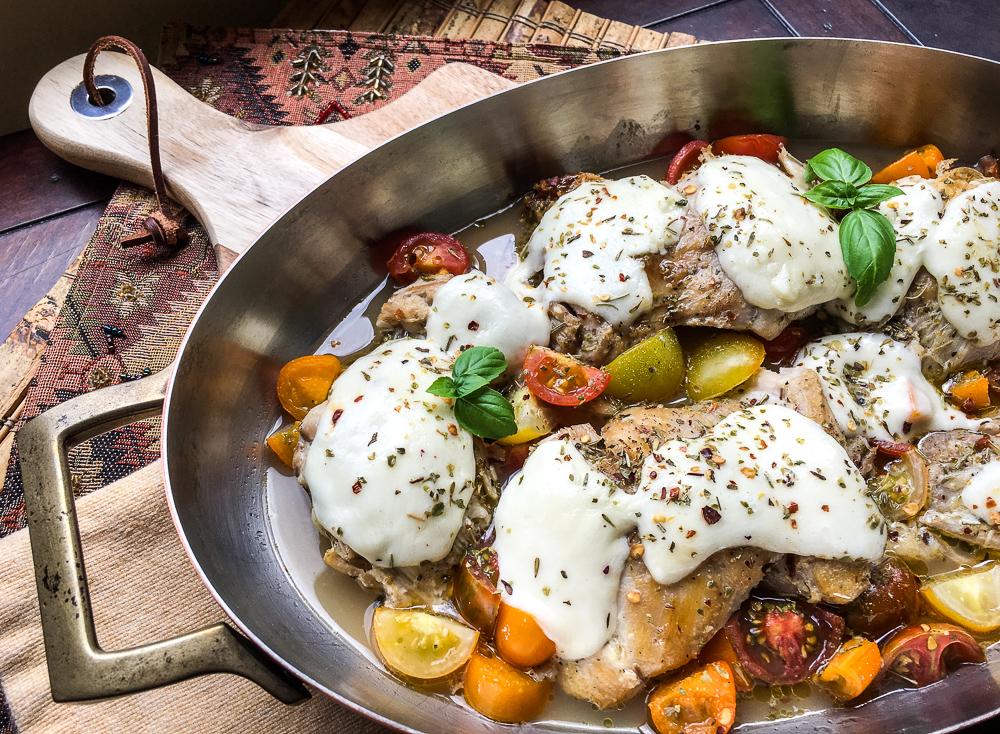 One Skillet Mozzarella Chicken Thighs {Keto, Gluten-free}
